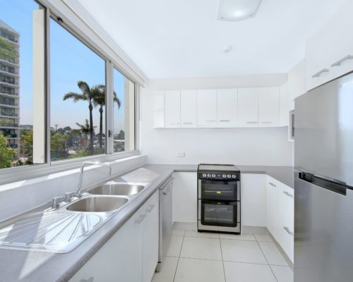 2-bedroom-unit-3-std-pacific-regis-resort-04