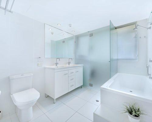 2-bedroom-unit-3-std-pacific-regis-resort-08